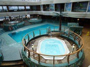 Eine der fünf Pools auf der Splendida (Bild Stieger)