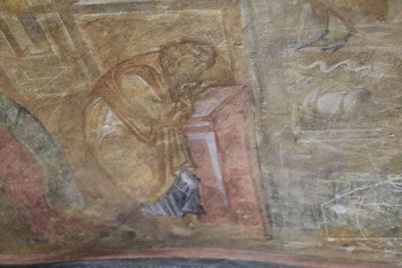 wunderschönen Fresken in der Felsenkirchen der Jungfrau Maria