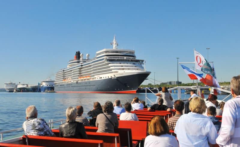 Queen Elizabeth läuft am 7. August erneut Lübeck-Travemünde an