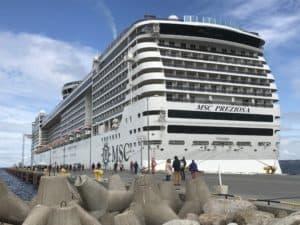 Die MSC Preziosa bietet bei 2-er Belegung Platz für 3'502 Passagiere