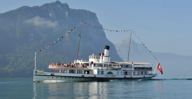 Die Alte Dame Dampfschiff Stadt Luzern Erhalt Ein Facelifting