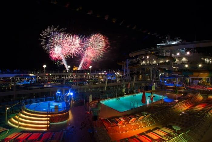 Taufe der Symphony of the Seas, dem grössten Kreuzfahrtschiff der Welt