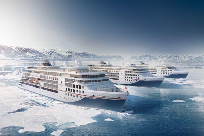 Die drei baugleichen Expeditionsschiffe Hanseatic nature, Hanseatic spirit und Hanseatic inspiration (Bild Hapag-Lloyd Cruises)